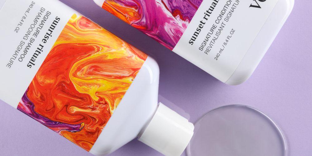 856132001039 Signature Shampoo Purple Flatlay